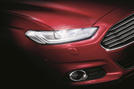 Ford Mondeo mit intelligentem LED-Licht
