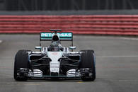 Mercedes AMG Petronas: Erste Tests in Silverstone