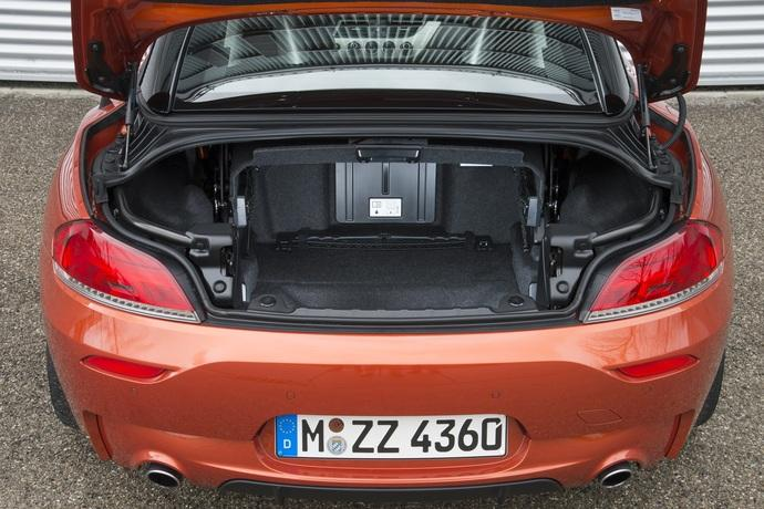 nachrichten news gebrauchtwagen check bmw z4 gut mit klassikerpotential. Black Bedroom Furniture Sets. Home Design Ideas