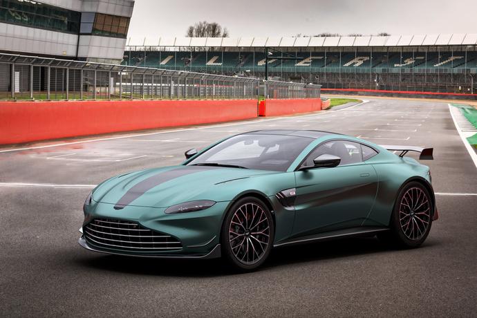 Auto News Aston Martin Vantage Jetzt Auch Als F1 Edition Motorzeitung De